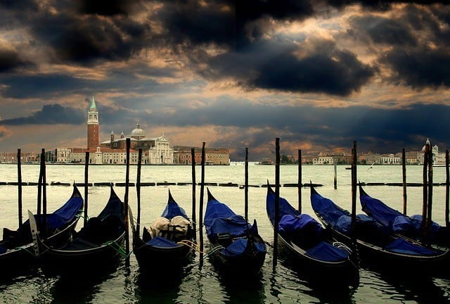 Italy By Pubic Trasport