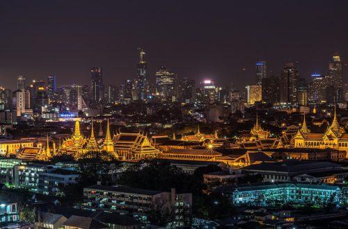 Bangkok Grand Palace aerial view at night, featured image for Bangkok 4 day itinerary