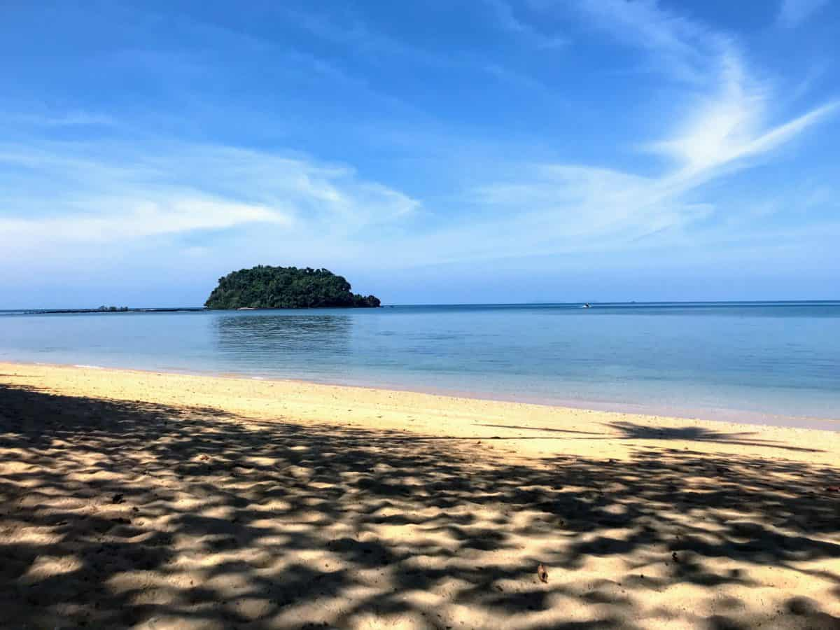 Koh Libong Travel Guide – Escape to an Island of Tranquility